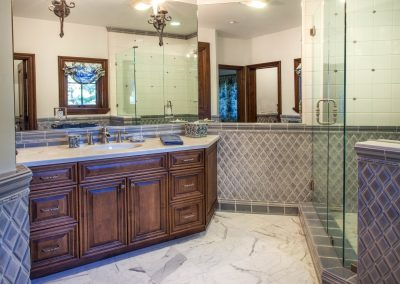 Lake Arrowhead bathroom interior design